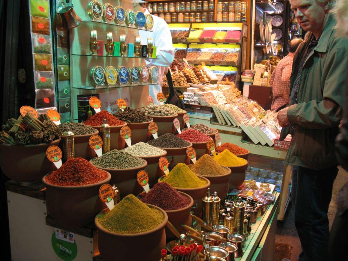 Ένα παζάρι με άρωμα Ανατολής / Istanbul Spice Bazaar