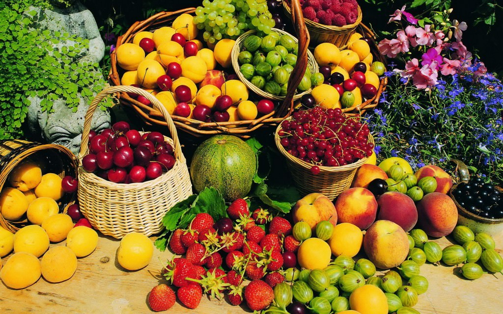fresh-fruits-wallpaper-1