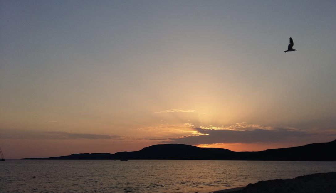 Late golden hour στην παραλία του Σίμου, Ελαφόνησος