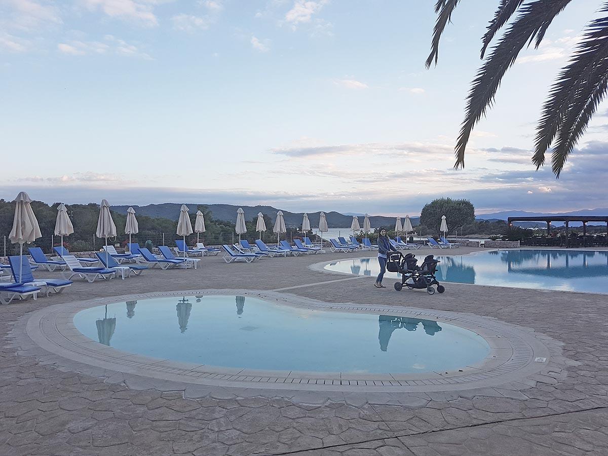 Travel with Twins: AKS Hinitsa Bay, Porto Heli