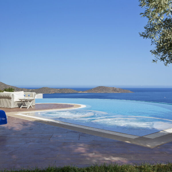 Top 3 Greek Island Holidays for Early Summer