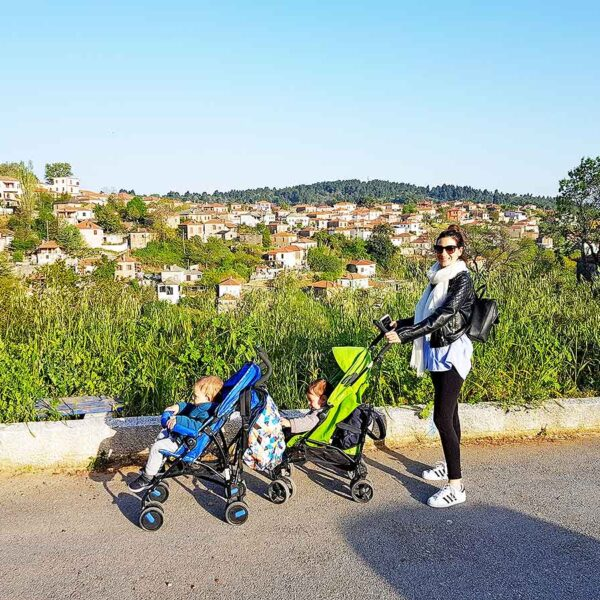 Why Do People Insult Twin Moms? – Greece Edition