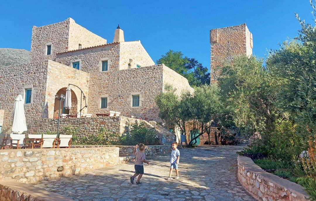 Our stay in restored Castle Arapakis with kids